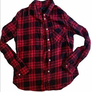 5/$25 American eagle Plaid button up top